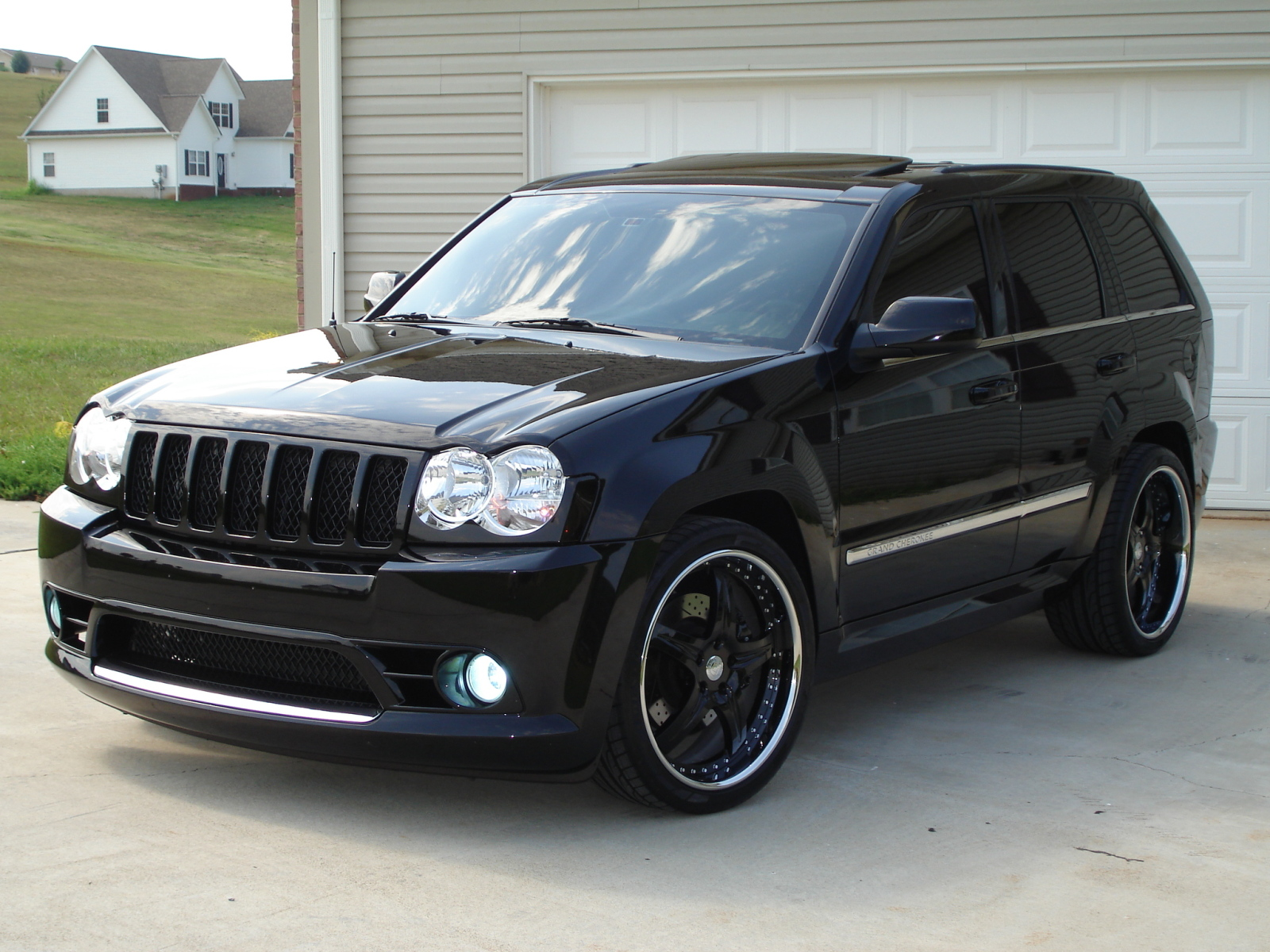 Jeep Grand Cherokee Srt8 For Sale >> Jeep Grand Cherokee Srt8 Picture 9 Reviews News Specs