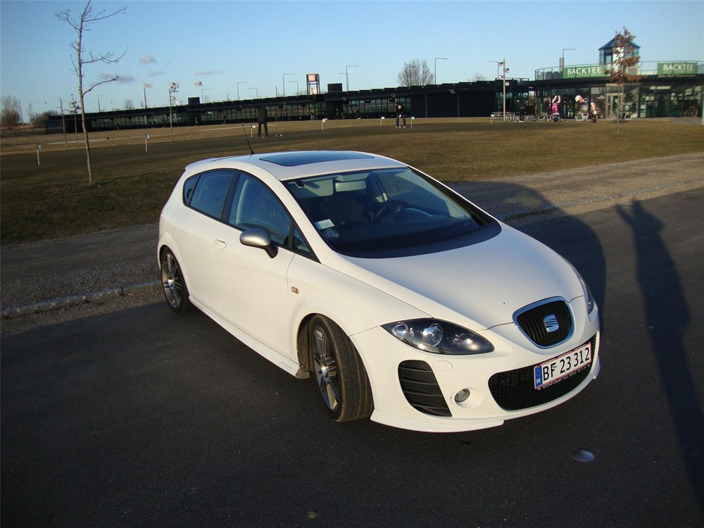 seat leon 20 tsi fr photos reviews news specs buy car. Black Bedroom Furniture Sets. Home Design Ideas
