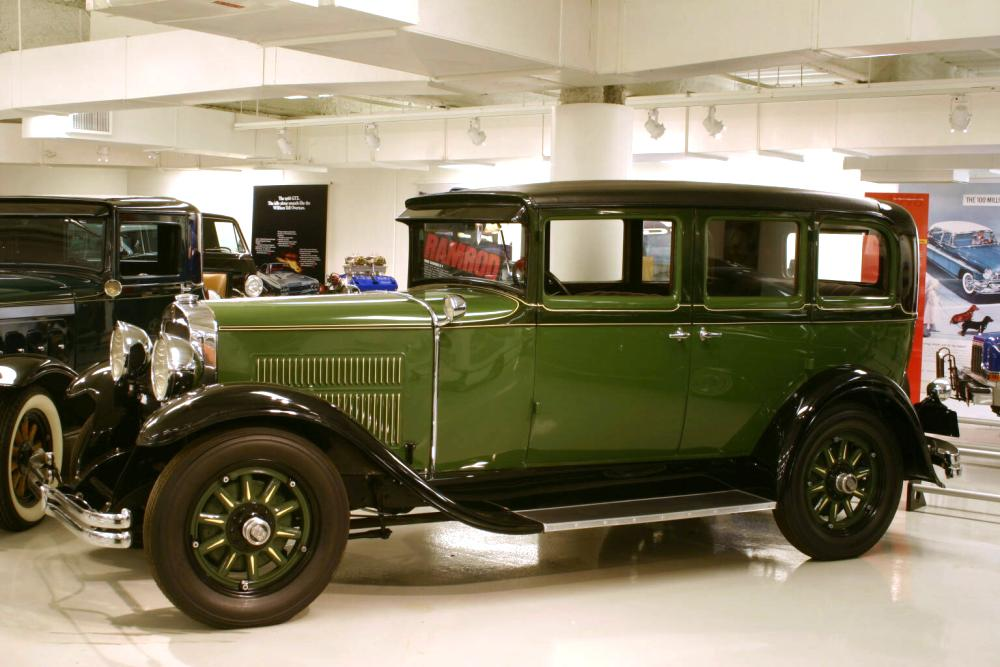 Nash 4 door sedan photos reviews news specs buy car for 1929 dodge 4 door