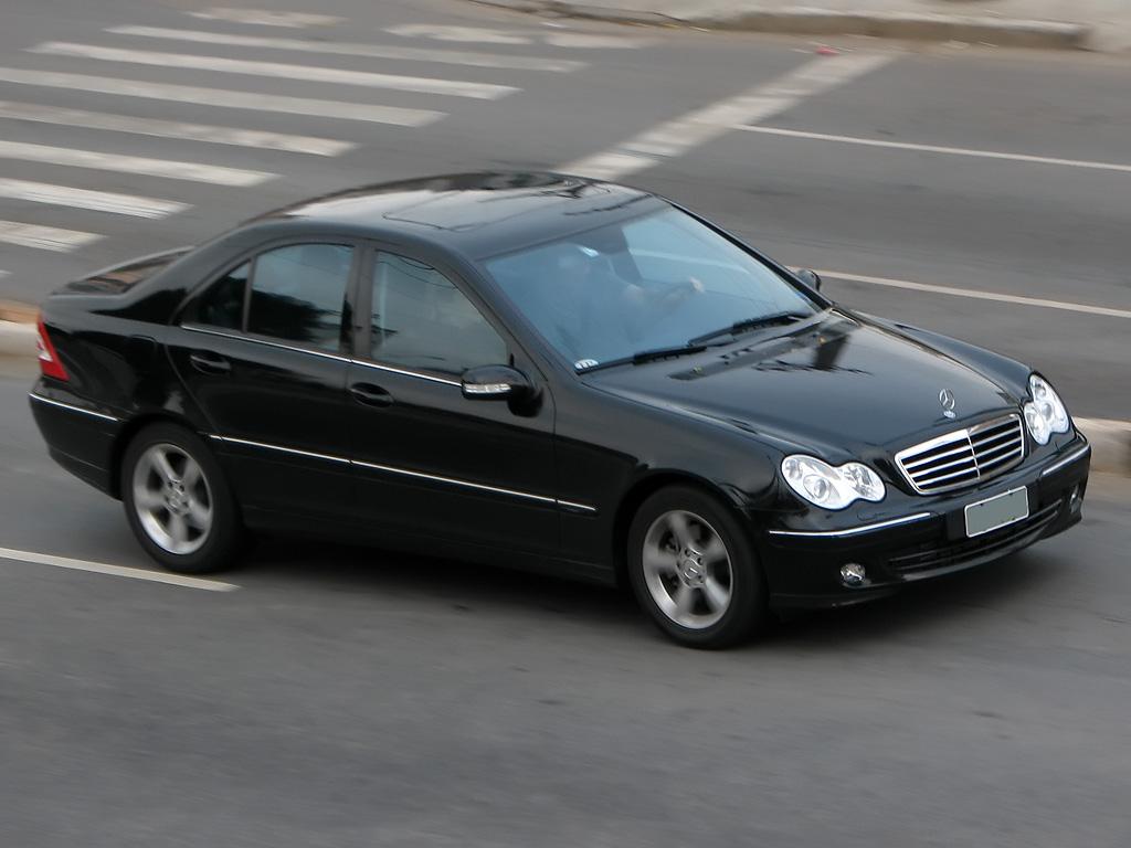 Mercedes benz c 200 kompressor touring picture 7 for Mercedes benz touring car