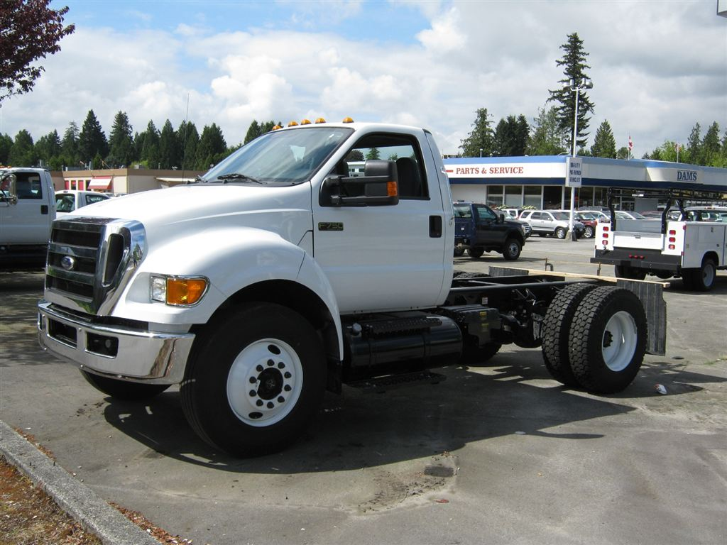 ford f750 - YouTube