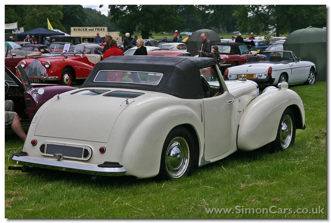 Triumph 1800 Roadster Picture 9 Reviews News Specs