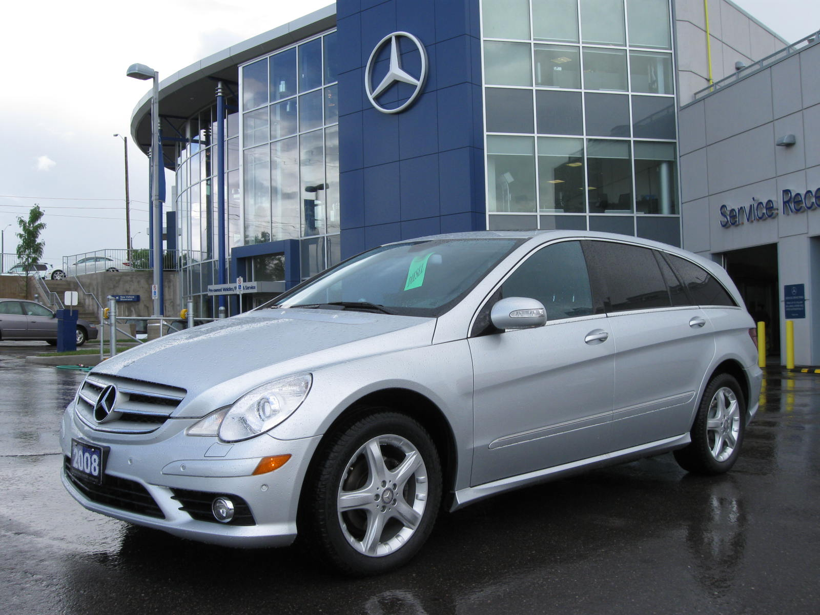 Mercedes benz r 320 cdi photos reviews news specs buy car for 320 mercedes benz