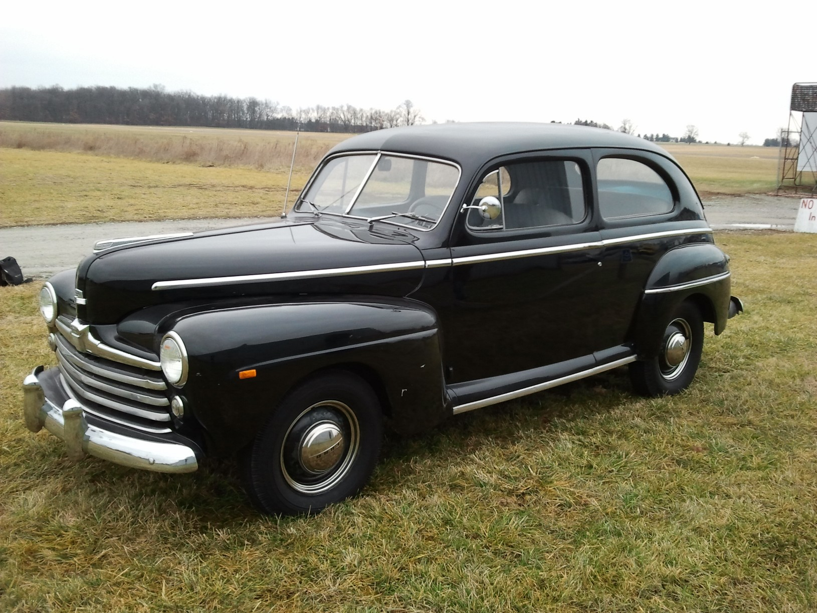 1946 Ford Sedan Maroon Side Angle 1940s Colors And Style 1941 Business Coupe Classic Cars