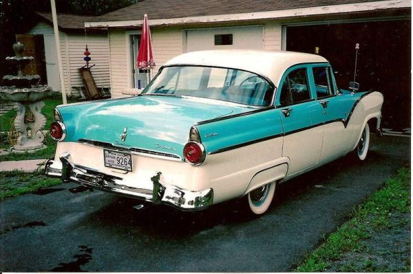 Ford fairlane town sedan picture 10 reviews news for 1955 ford fairlane 4 door