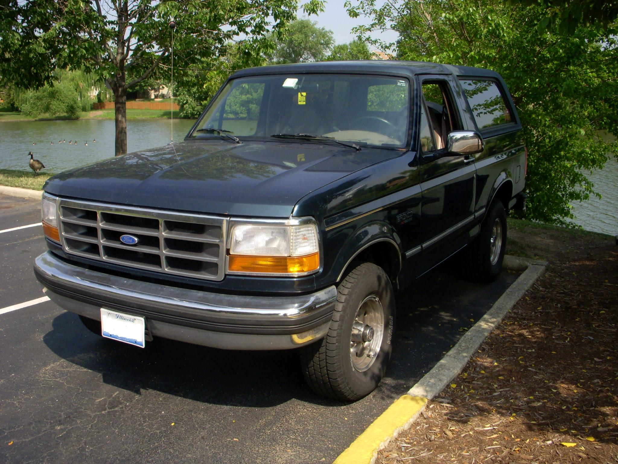 Ford Bronco Xl Picture 10 Reviews News Specs Buy Car