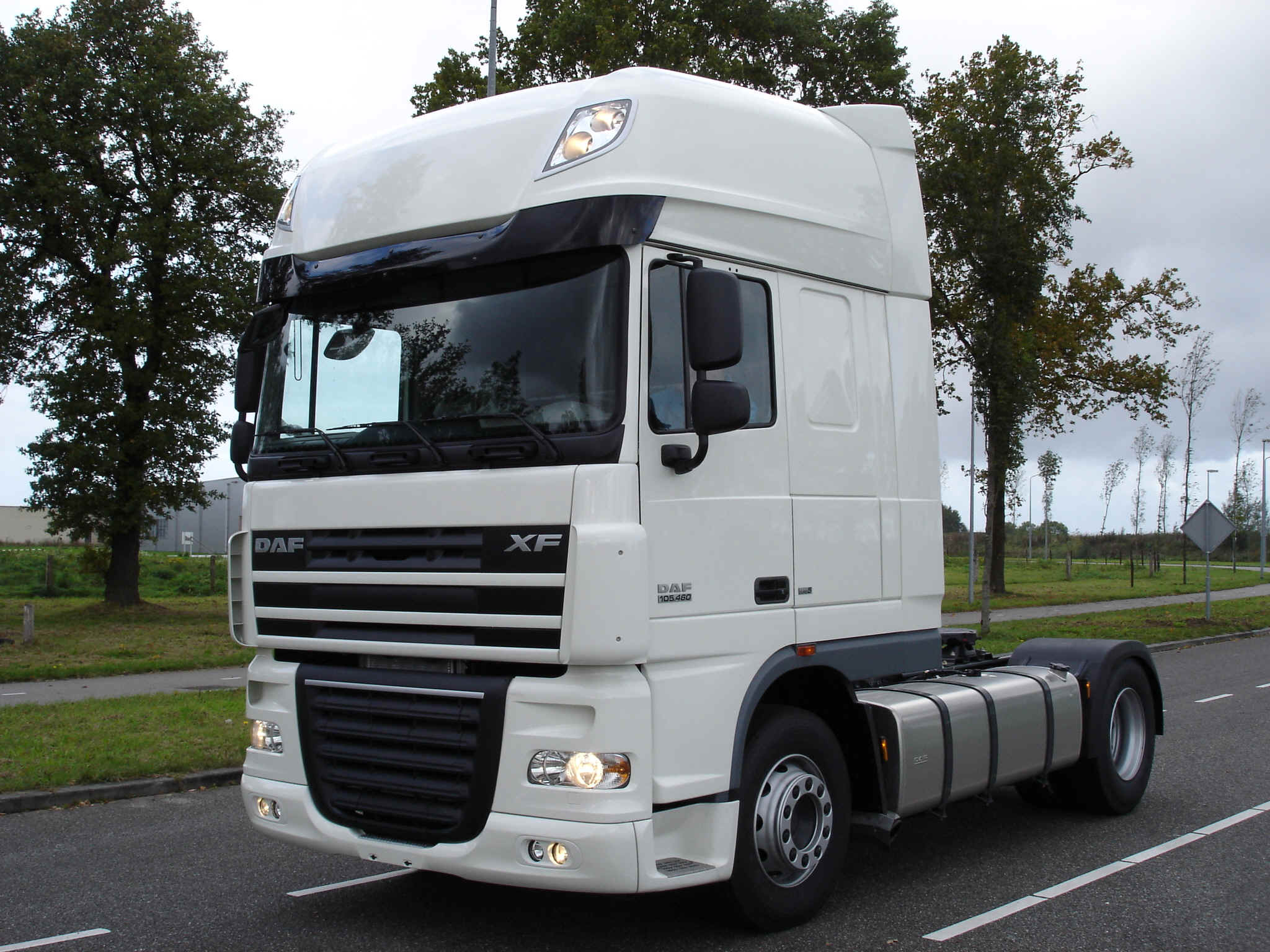 daf xf 460 picture 10 reviews news specs buy car. Black Bedroom Furniture Sets. Home Design Ideas