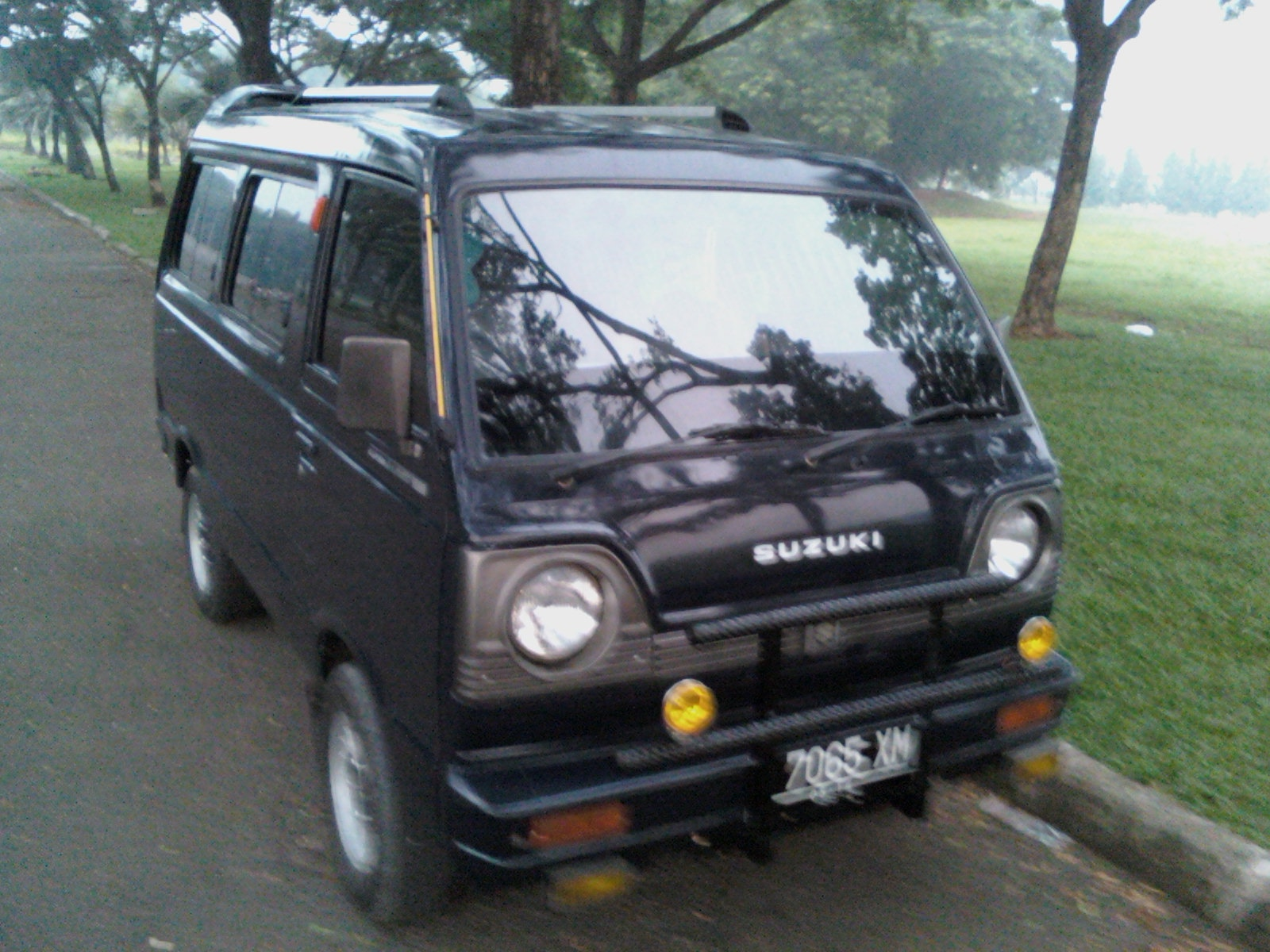 Suzuki Carry 1000picture 9 Reviews News Specs Buy Car