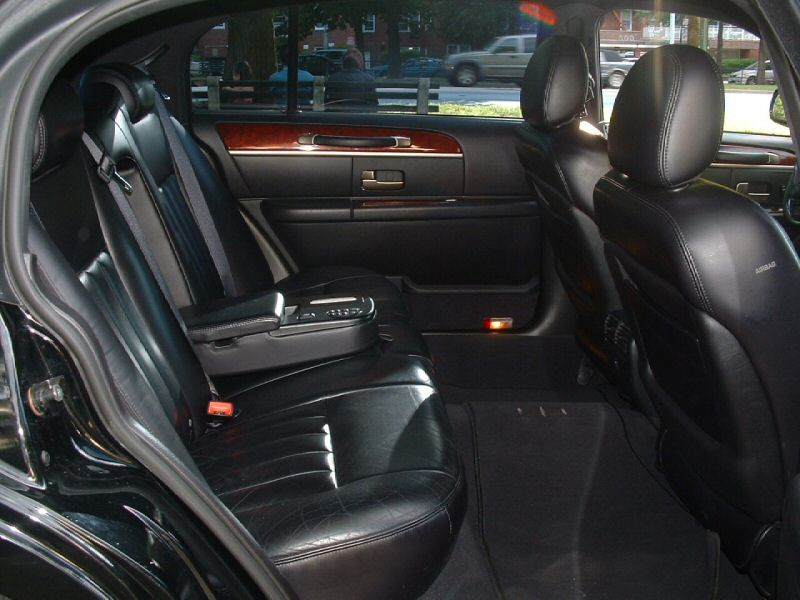 Lincoln Town Car Signature L Picture 8 Reviews News Specs Buy Car