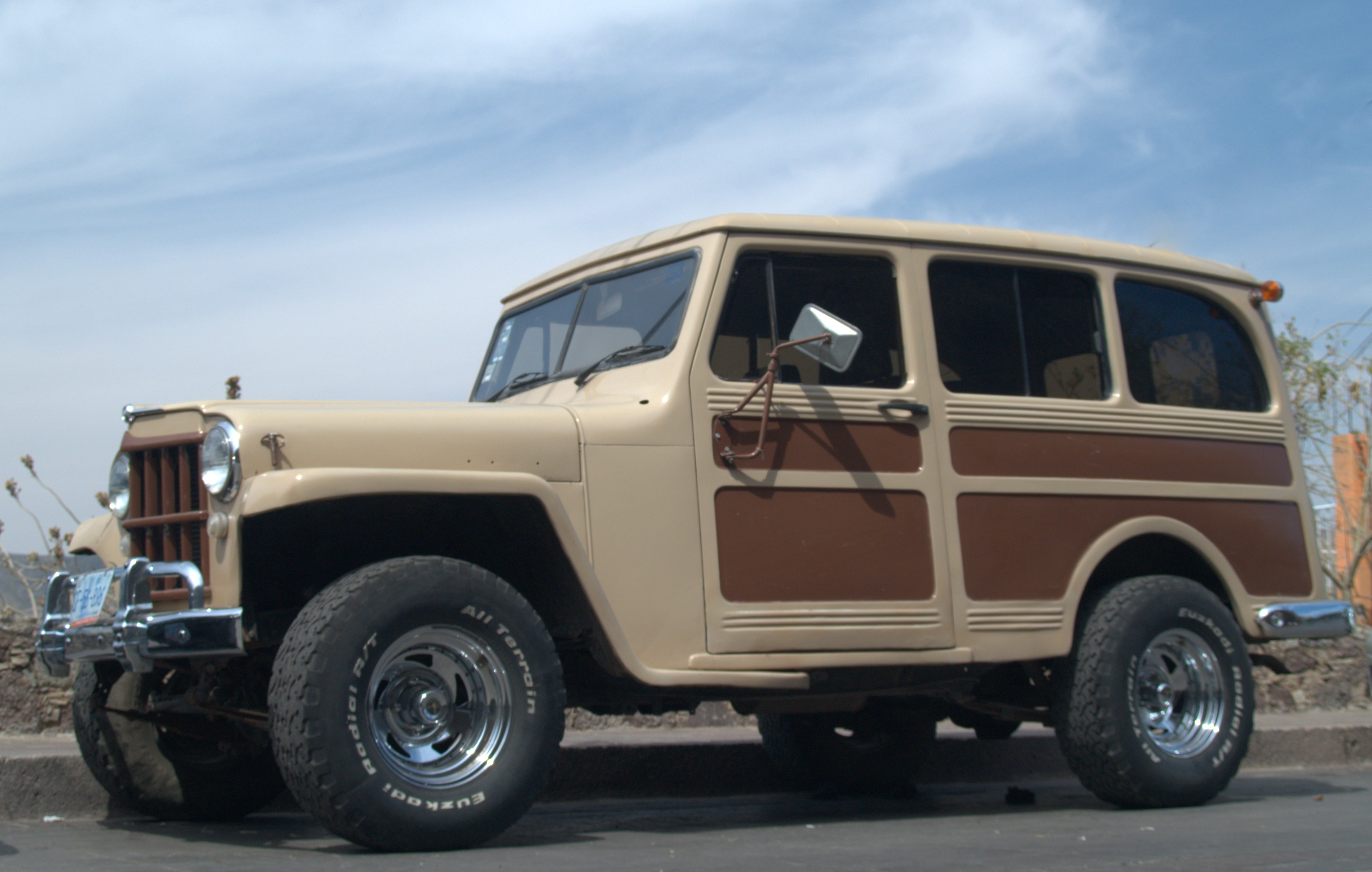 Willys Jeep Station Wagon Photos Reviews News Specs