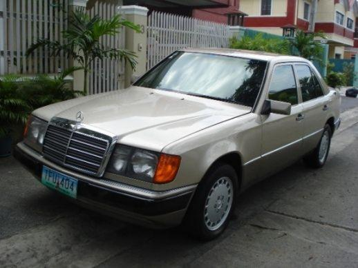 Mercedes benz 260 e review for Mercedes benz 260