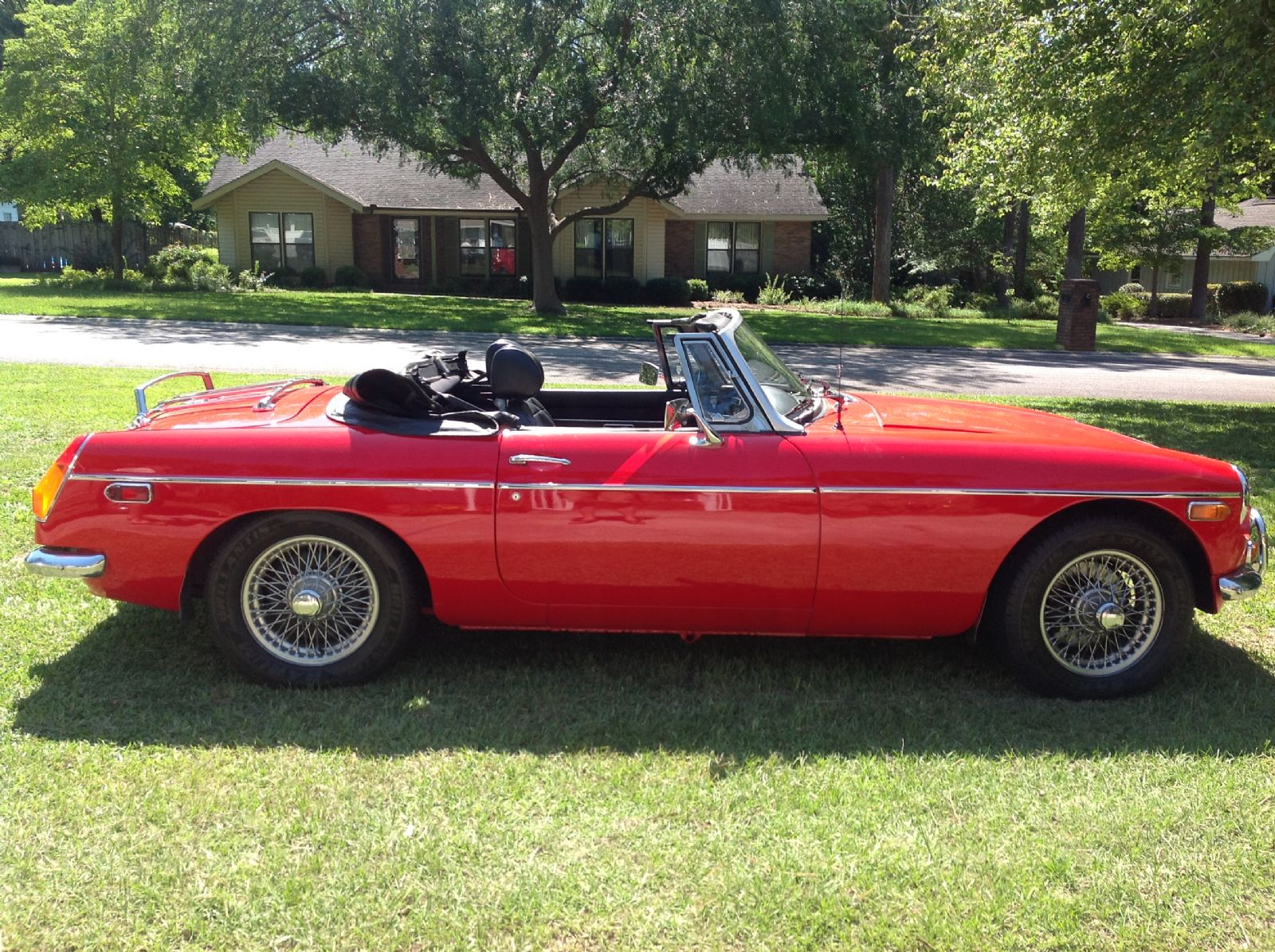 Mg Mgb Roadster Picture 13 Reviews News Specs Buy Car