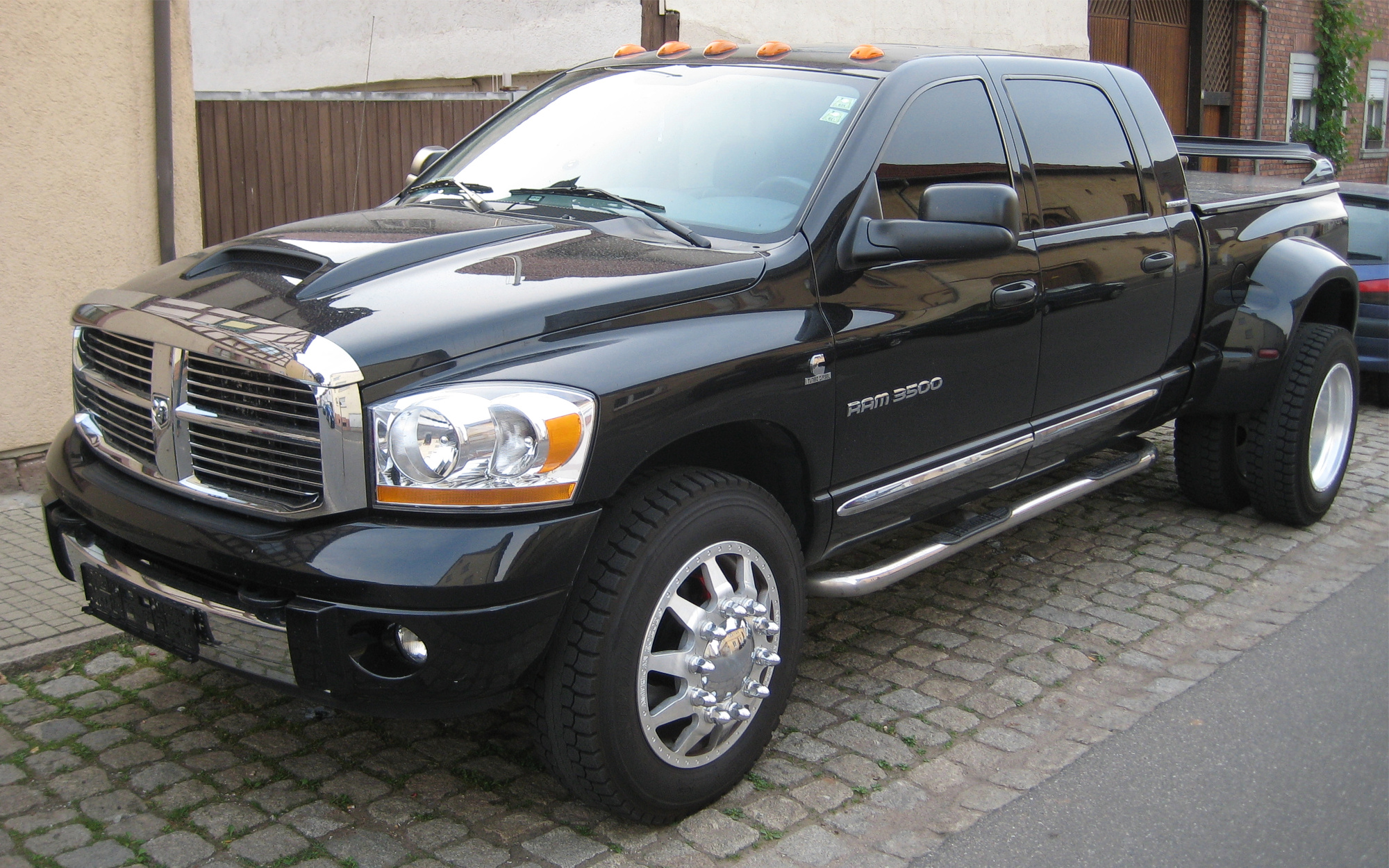 dodge ram 3500 heavy duty picture 9 reviews news specs buy car. Black Bedroom Furniture Sets. Home Design Ideas