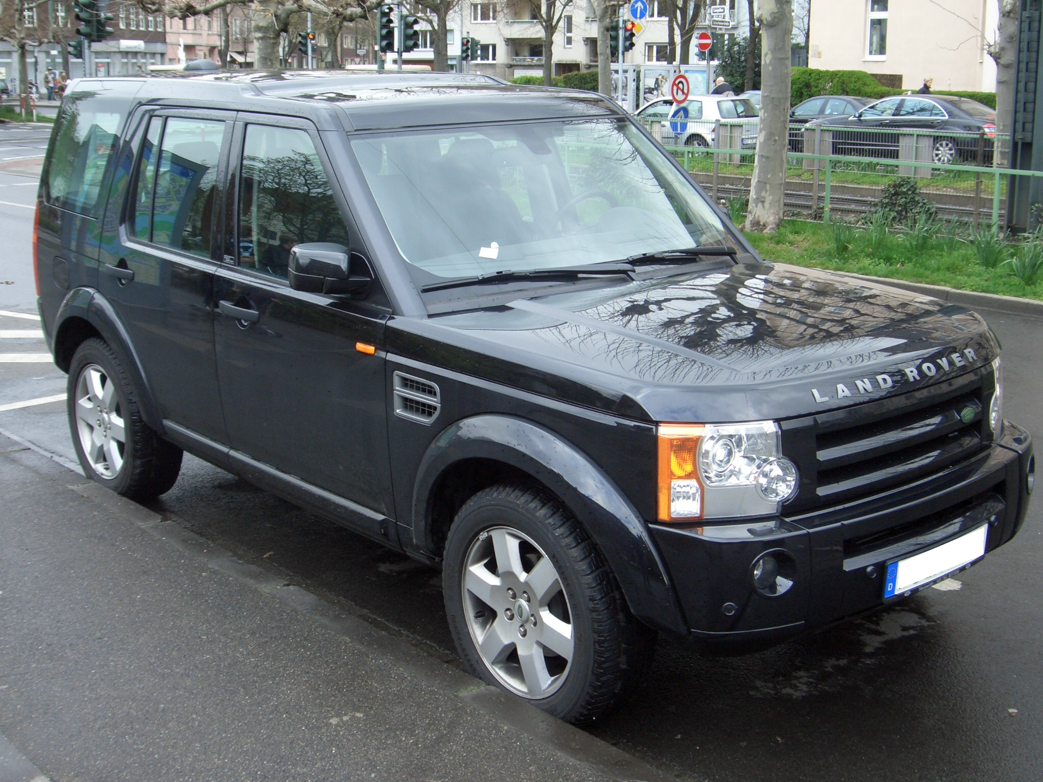 land rover range rover discovery 3 td v6 hse photos reviews news specs buy car. Black Bedroom Furniture Sets. Home Design Ideas