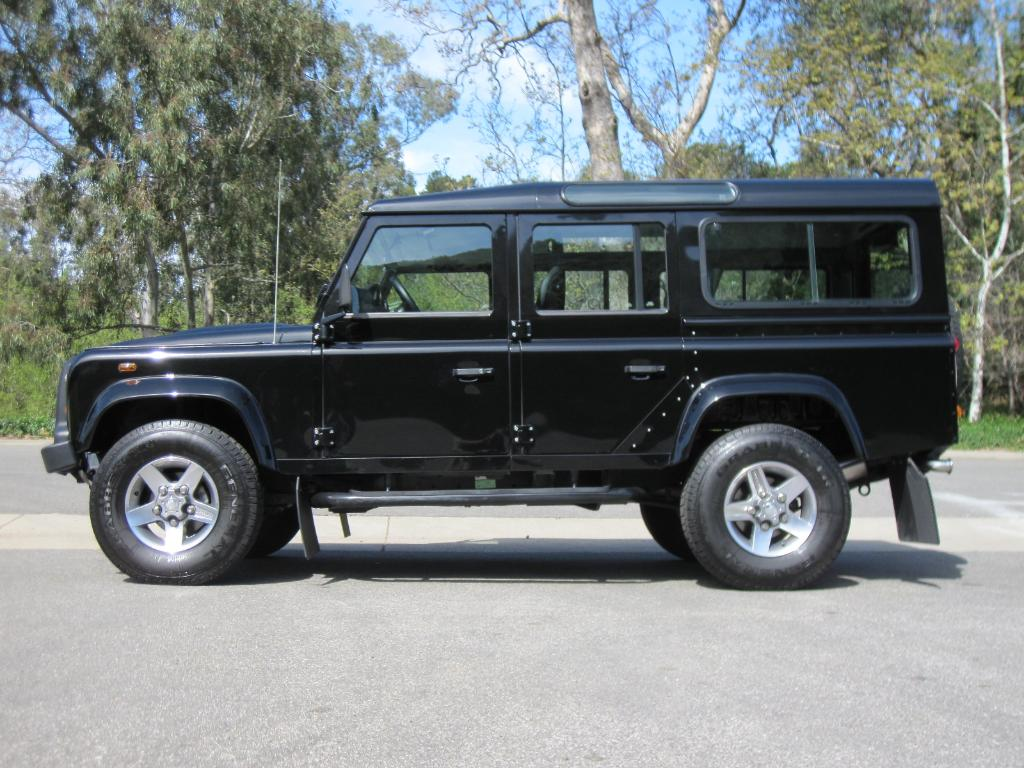 land rover defender 110 puma picture 8 reviews news specs buy car. Black Bedroom Furniture Sets. Home Design Ideas