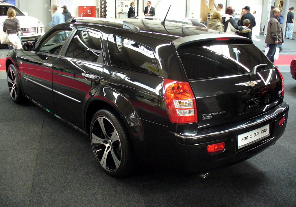 Chrysler 200 Limited >> Chrysler 300C V8 Hemi:picture # 9 , reviews, news, specs, buy car