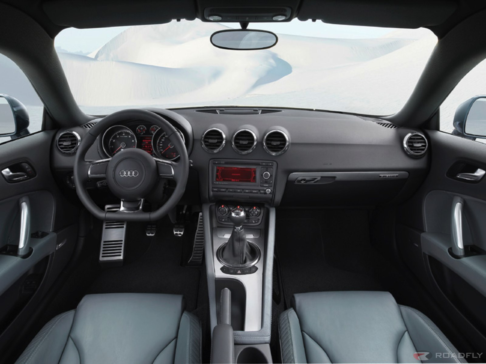 Audi tt interior photos reviews news specs buy car for Audi tt interieur