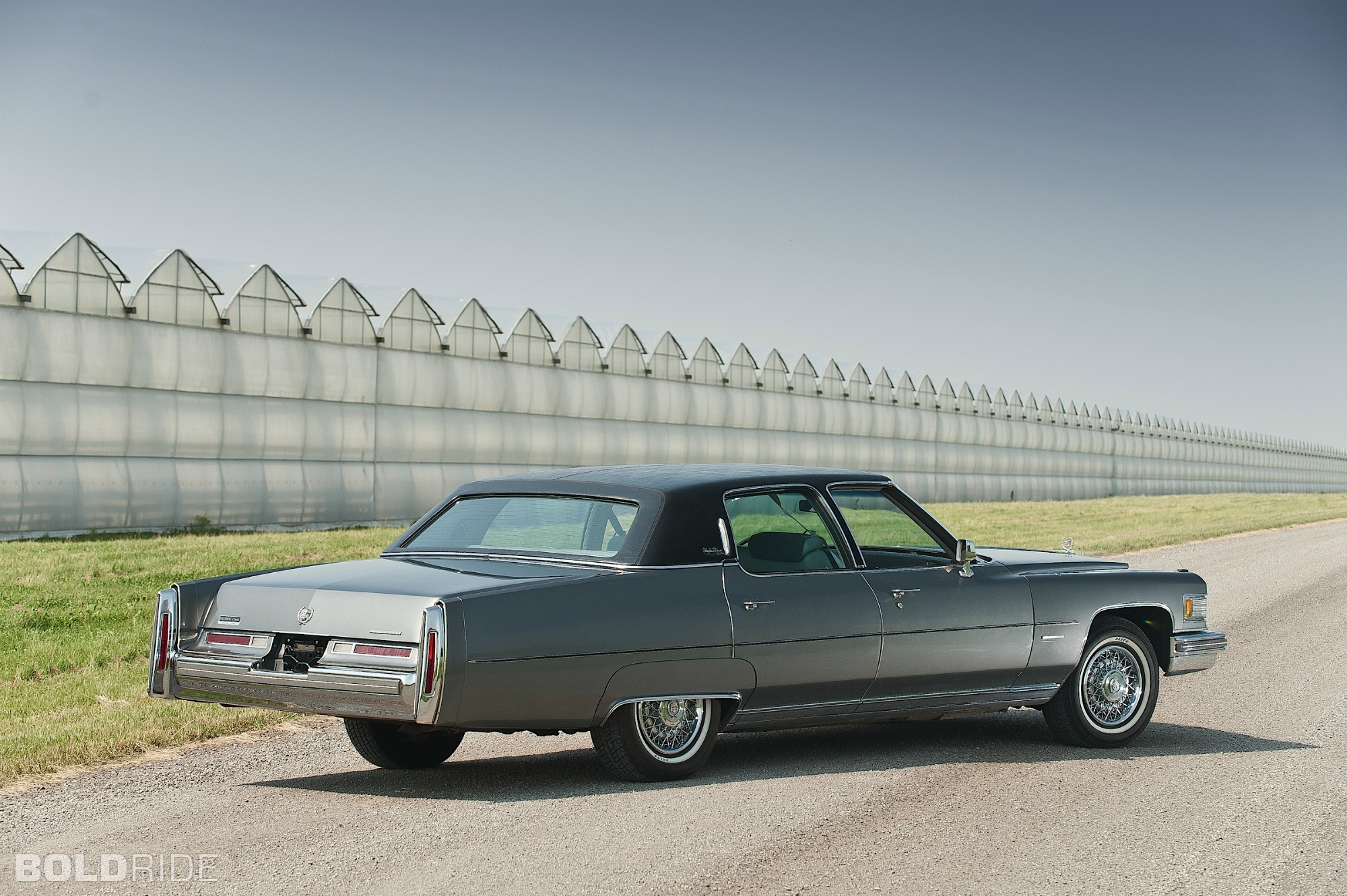 Cadillac Fleetwood 75 Special presidential tourer photos.