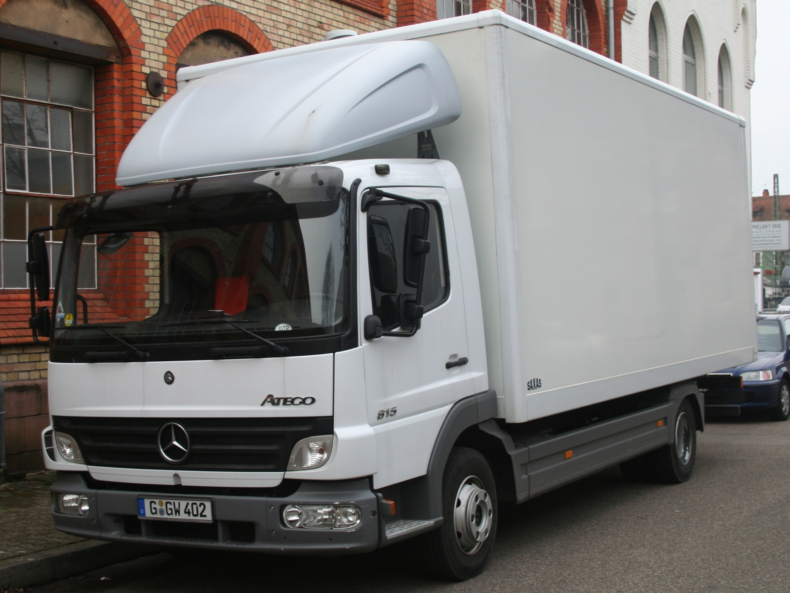 mercedes benz atego 815 photos reviews news specs buy car