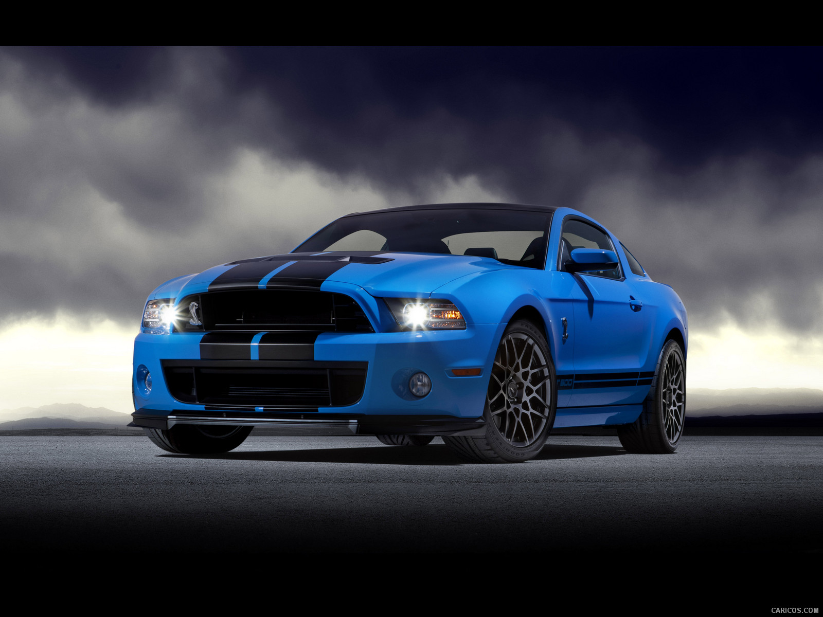 2013-ford-mustang-shelby-gt500-front-wal