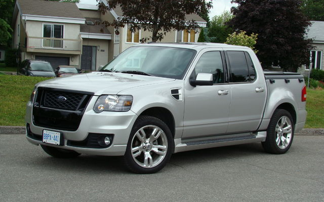 Ford Explorer Sport-Trac
