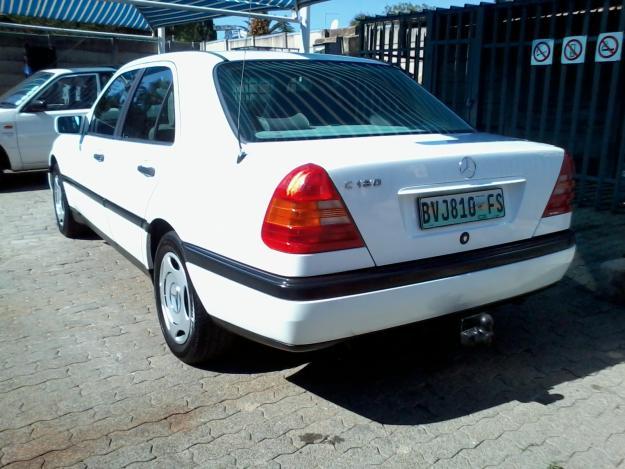 Mercedes benz c 180 classic photos reviews news specs for Buy classic mercedes benz