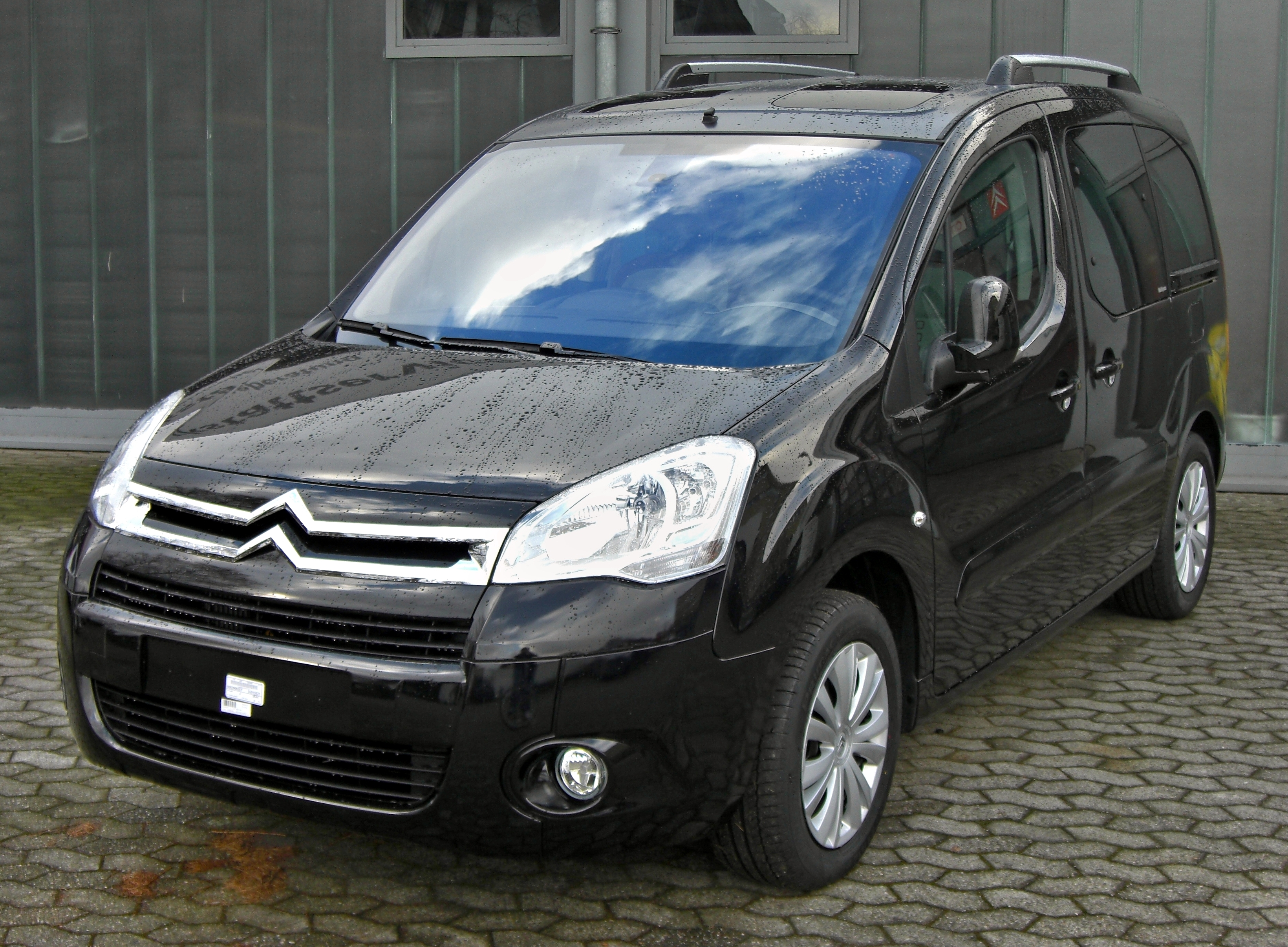 citroen berlingo ii picture 15 reviews news specs buy car. Black Bedroom Furniture Sets. Home Design Ideas