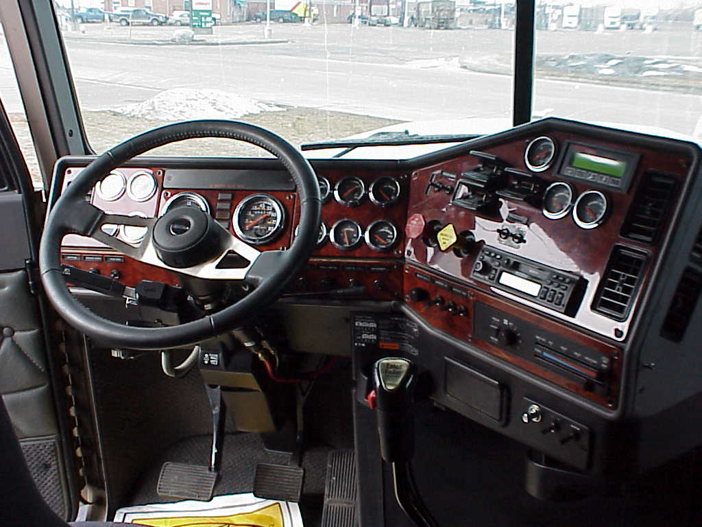 Freightliner Classic Xl Show Truck