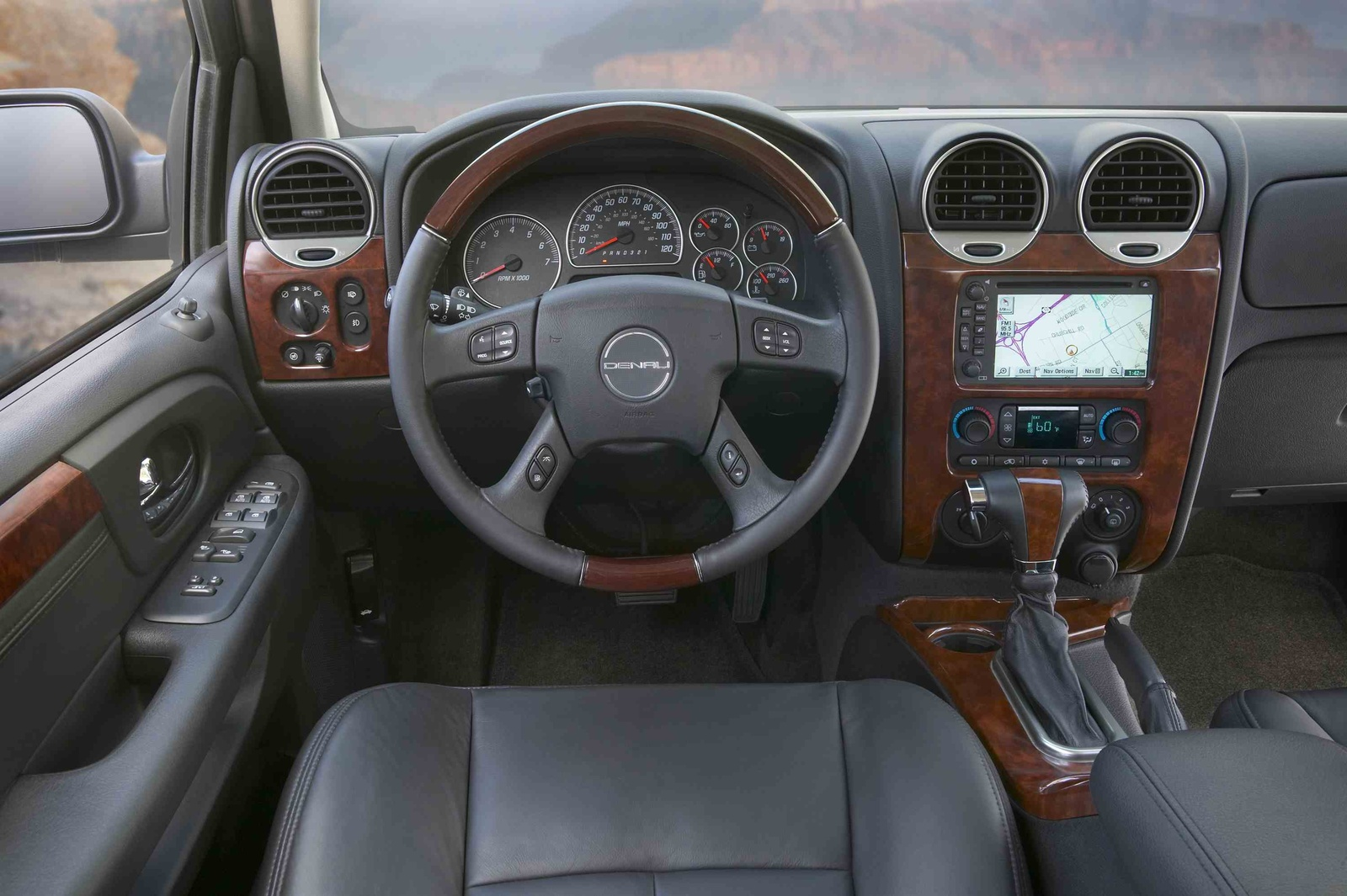 Gmc Envoy Denali Picture 8 Reviews News Specs Buy Car