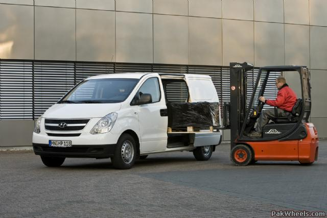 hyundai h1 transporter picture 13 reviews news specs. Black Bedroom Furniture Sets. Home Design Ideas