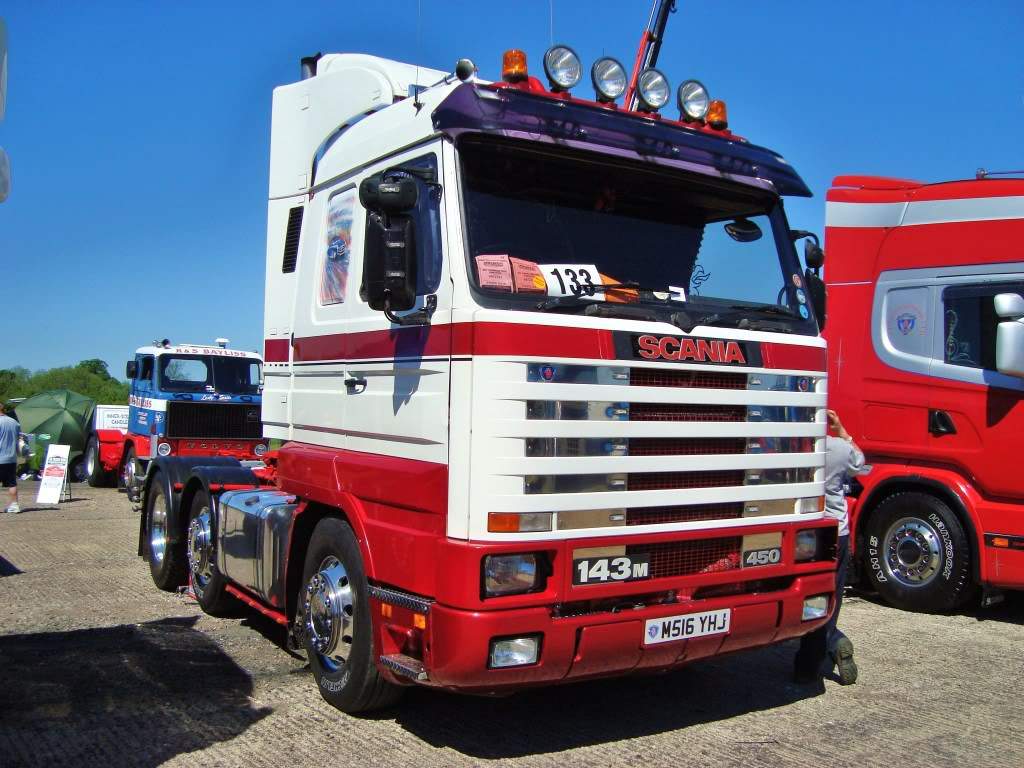 Scania 143m Picture   10   Reviews  News  Specs  Buy Car
