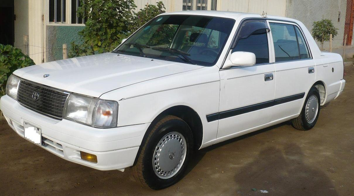 Toyota Crown Comfort Picture 10 Reviews News Specs