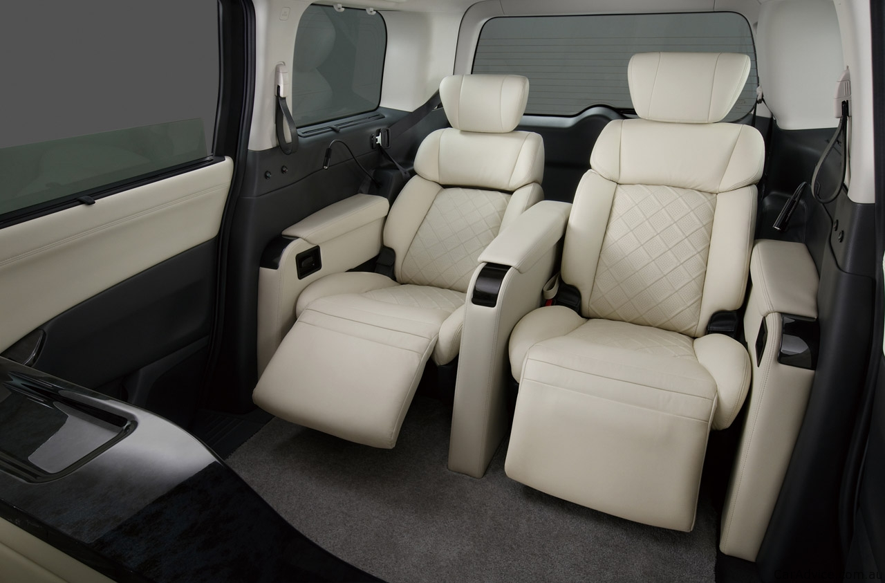 Nissan Elgrand Picture 9 Reviews News Specs Buy Car