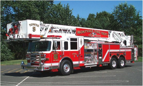 pierce-firetruck-view-download-wallpaper-555x334-comments_38d78.jpg?i