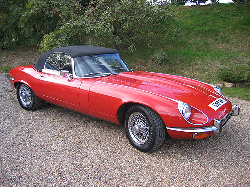 jaguar e type v12 roadster photos reviews news specs. Black Bedroom Furniture Sets. Home Design Ideas