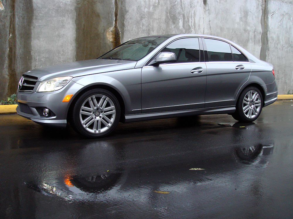 Mercedes benz c300 4matic photos reviews news specs for Mercedes benz c300 horsepower