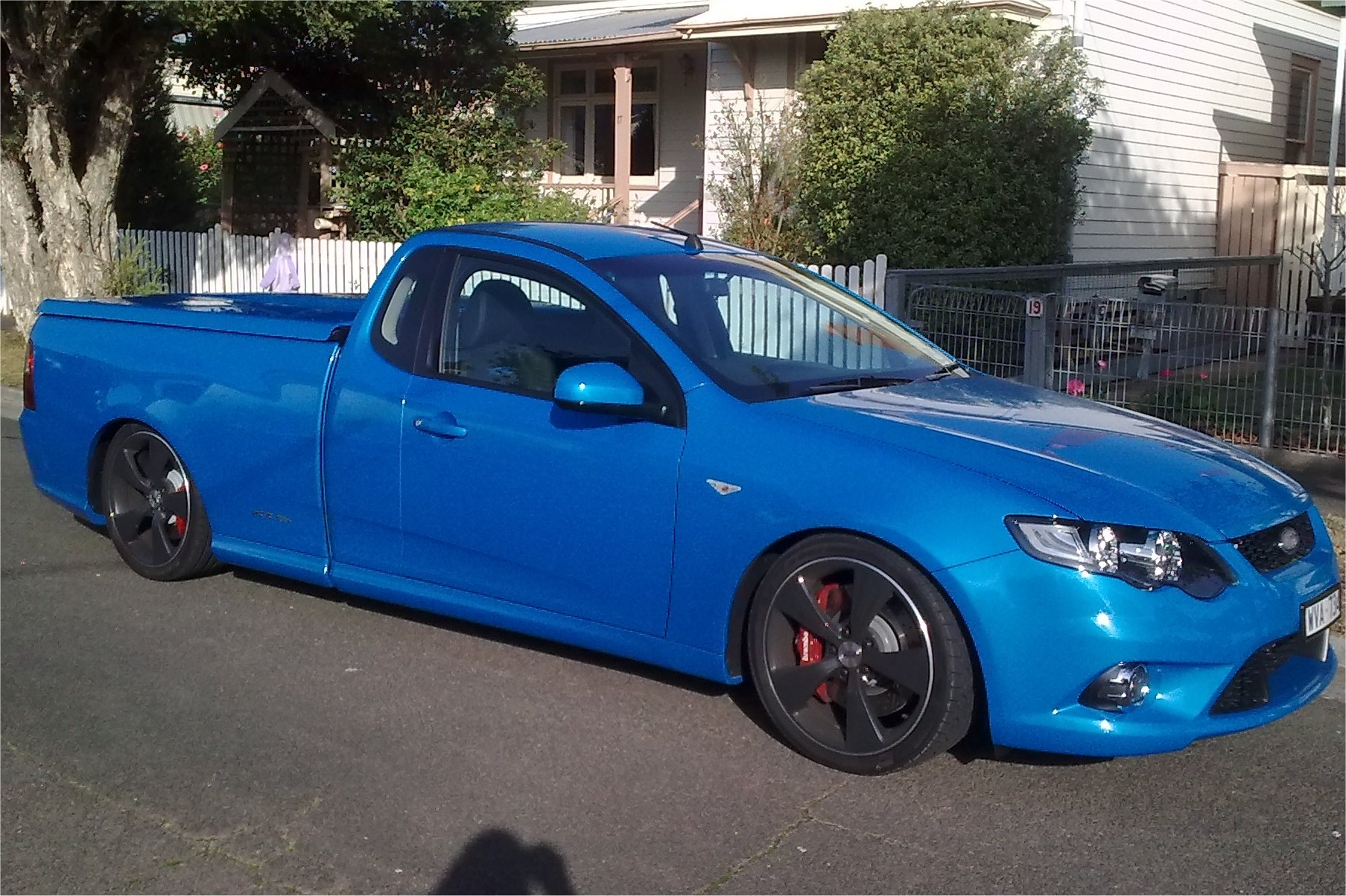 Ford Falcon XR6 Turbo Ute FGpicture 5 reviews news specs buy car