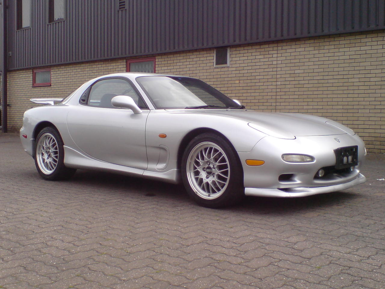 mazda rx7 rs photos reviews news specs buy car. Black Bedroom Furniture Sets. Home Design Ideas