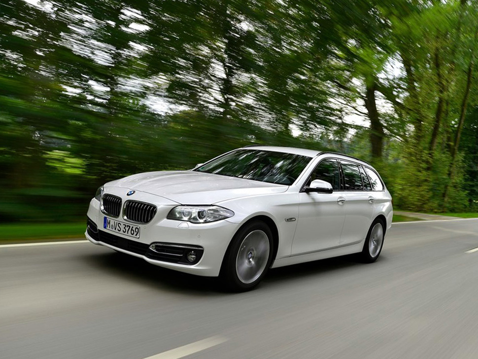 bmw 520d touring 2015 photos reviews news specs buy car. Black Bedroom Furniture Sets. Home Design Ideas