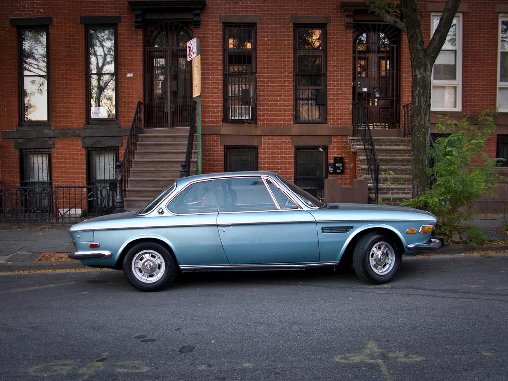 Bmw 30 Cs Photos News Reviews Specs Car Listings