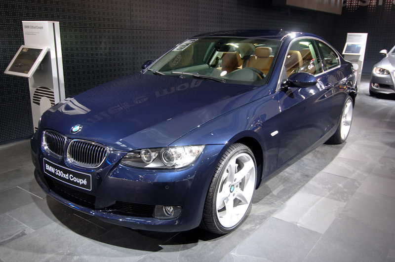 bmw 330 xd coupe photos news reviews specs car listings. Black Bedroom Furniture Sets. Home Design Ideas