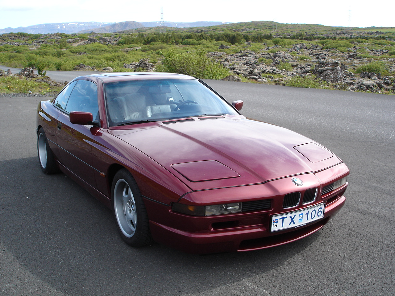 bmw 850i photos reviews news specs buy car. Black Bedroom Furniture Sets. Home Design Ideas