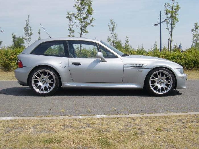 Bmw Z3 Coupe Photos News Reviews Specs Car Listings