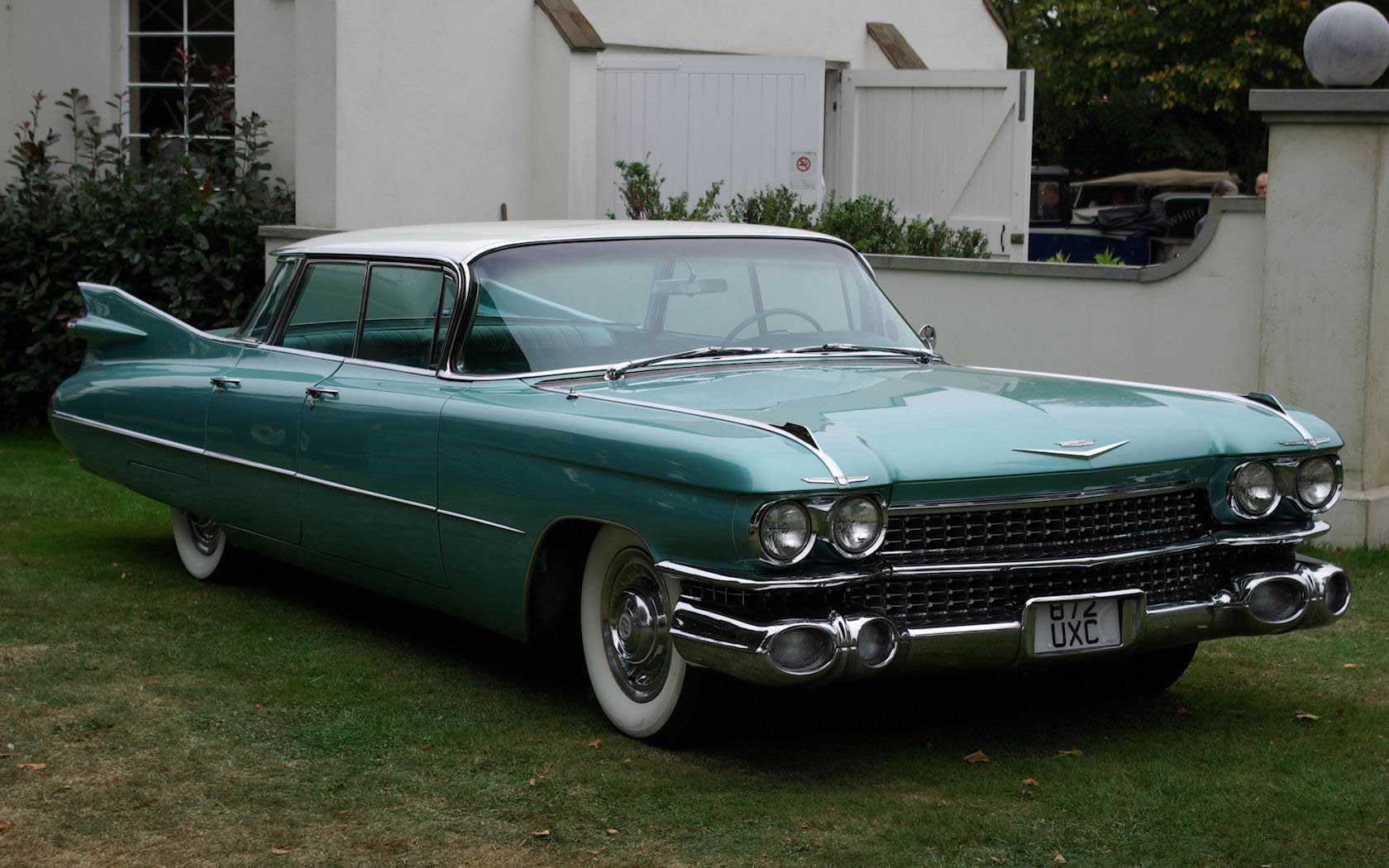 Cadillac Series 62 Four Window Sedan Photos Reviews