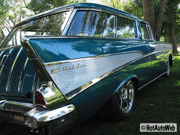 Chevrolet Bel Air Nomad 2-door Wagon