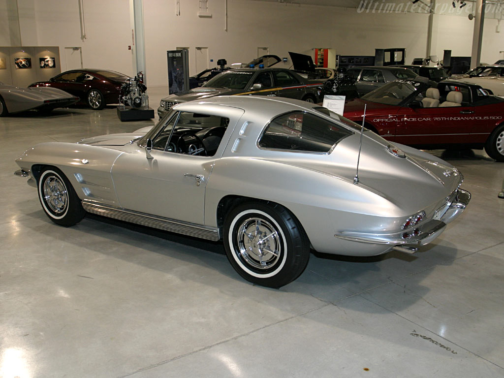 chevrolet corvette c2 sting ray coupe photos reviews news specs buy car. Black Bedroom Furniture Sets. Home Design Ideas