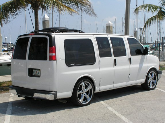 Chevrolet Express Custom Picture 1 Reviews News