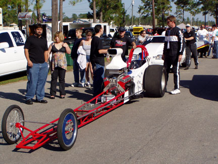 Chevrolet jet engine dragster photos reviews news for Jet cars review