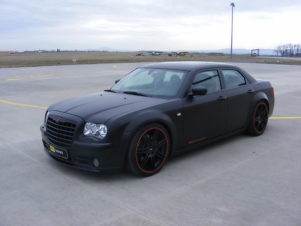 2013 Chrysler 300 C John Varvatos >> Chrysler 300C HEMI - Photos, News, Reviews, Specs, Car ...
