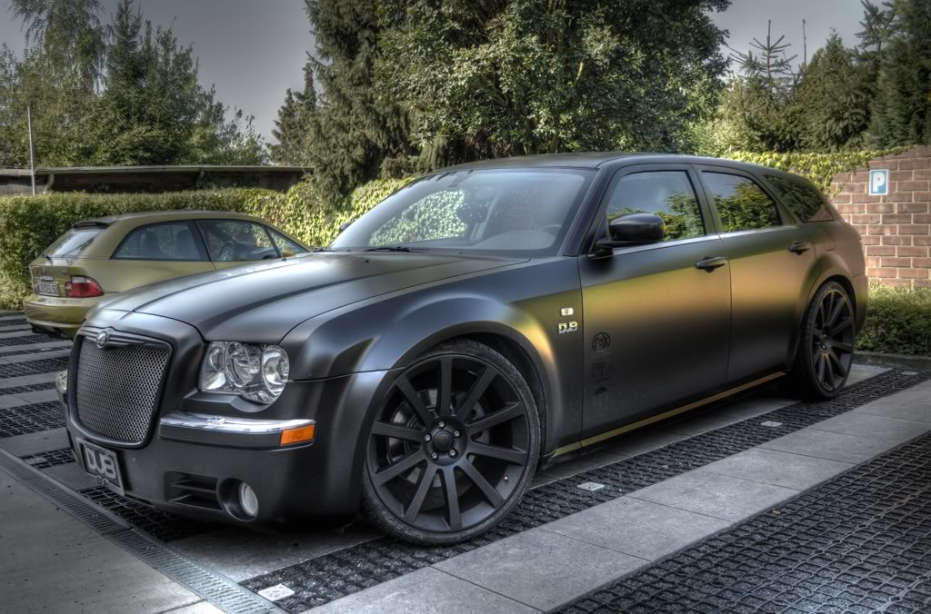 Chrysler 300c Touring Wagon Photos News Reviews Specs